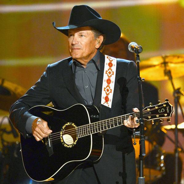 Musician george strait performs onstage during the 48th annual academy of country music awards held in las vegas on april 7 2013