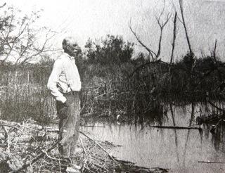 Photo 16 wyatt earp au colorado river en 1925 photo courtesy arizona historical society tucson