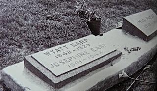 Photo 21 tombe de wyatt josie a colma san francisco dans les anne es 1950